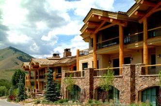 Thunder Spring Resort | Ketchum